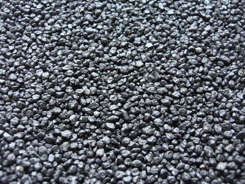 0,5 kg Ladegut schwarz - wie Kohle -  Spur 1, 2,0 - 3,8 mm Koernung